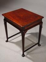 Most Attractive Mid 18th Century Centre-Standing Occasional Table (2 of 5)