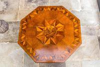Victorian Oak Octagonal Table (12 of 15)