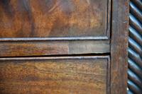 Early 19th Century Chest of Drawers (10 of 14)
