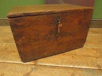 Antique Pine Tuck Box with Old Luggage Labels (18 of 19)
