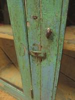 Antique Glazed Wooden Indian Wall Cabinet with Chippy Old Turquoise Paint (18 of 18)