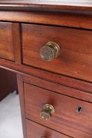 Small Victorian Mahogany Pedestal Desk - Hobbs & Co London (11 of 13)