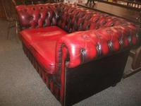 Red Leather 2 Seater Chesterfield Settee (3 of 3)