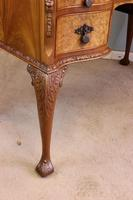 Antique Serpentine Shaped Burr Walnut Side Table (12 of 13)