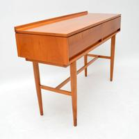 1960's Vintage Satin Wood Side Table by Beresford & Hicks (3 of 10)