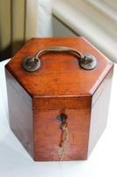 Lachenal Mahogany concertina in the original carrier case which is in very good condition (6 of 13)