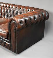 20th Century Brown Leather Buttoned Back Chesterfield Sofa (6 of 7)