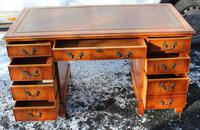 1960s Mahogany Pedestal Desk with Red Leather Top inset (4 of 4)
