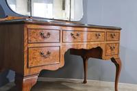 Walnut Queen Anne Style Bedroom Suite (13 of 14)