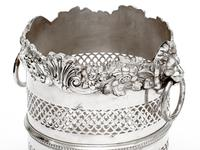 Silver Plated Bottle Stand with a Shell and Floral Top Border and Lion Ring Handles (4 of 4)