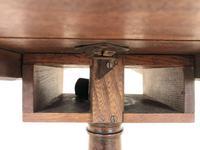 Late 18th Century Mahogany Pillar Tripod Table (5 of 7)