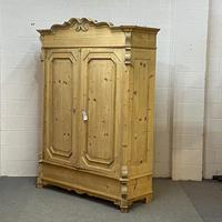 Beautiful Ornate Antique Pine Wardrobe - Dismantles (3 of 5)