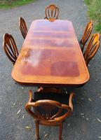 1960's Mahogany Pull Out Table with Set of 6 Dining Chairs.4+2 Carvers (4 of 14)