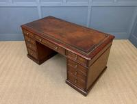 Early Victorian Mahogany Pedestal Desk by M Wilson of London (14 of 16)
