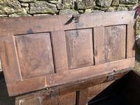 Small 17th Century Devon Oak Coffer (9 of 21)