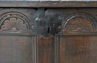 Handsome 17th Century Small Proportioned Oak Panelled Coffer c.1680 (4 of 13)