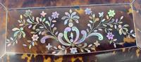 Victorian Tortoiseshell Tea Caddy with Mother of Pearl Inlay (16 of 20)