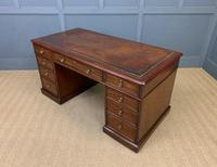 Early Victorian Mahogany Pedestal Desk by M Wilson of London (13 of 16)