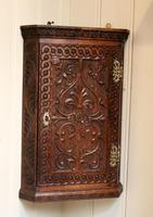 Mid 19th Century Carved Oak Corner Wall Cabinet (2 of 8)