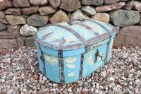 Scandinavian / Swedish 'Folk Art' Travel chest in blue paint and ironwork, 18th Century (6 of 37)