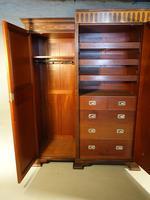 Fine Quality Early 20th Century Mahogany Breakfront Wardrobe (7 of 9)
