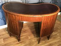 Edwardian Inlaid Mahogany Kidney Shaped Desk (16 of 21)