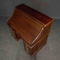 Early 20th Century Mahogany Desk (7 of 15)
