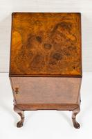 Quality Queen Anne Style Walnut Bedside Cabinet (4 of 8)