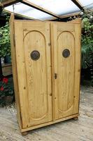 Fabulous Old Pine 2 Door Cupboard / Linen Cupboard / Food / Larder with Shelves  - We Deliver! (3 of 11)