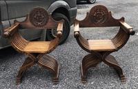 Important Pair Savonarola Walnut Chairs (5 of 7)