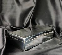 Late 1920's Silver Cigar Case (5 of 6)