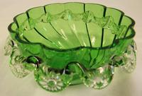 Antique Victorian Green Glass Frilled Bowl (3 of 6)