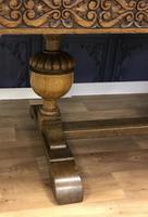 Extending Oak  Dining Table (2 of 9)