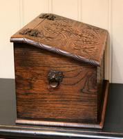 Solid Oak Carved Box (6 of 8)