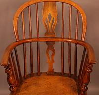 Set of 3 low Back Windsor Chairs (6 of 8)