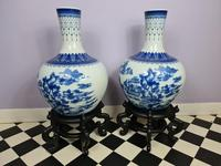Huge Pair of 20th Century Chinese Blue & White Vases (2 of 9)