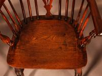 A Set of 4 Yew Tree Windsor Chairs Rockley Workshop (20 of 21)