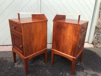 Unusual Pair of Walnut Bedside Cabinet (5 of 13)