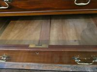 Small Early 20th Century Mahogany Chest of Drawers (3 of 10)