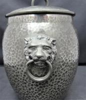 Liberty & Co Tudric Pewter Biscuit Jar, Number 01065, Lion Handles c.1910 (4 of 8)