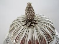 Impressive Late Victorian Campana Shaped Silver Trophy Cup (6 of 8)