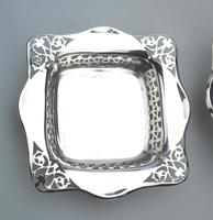 Unusual Pair of Solid Silver Pierced Square Bonbon Dishes Chester c.1927 (2 of 8)