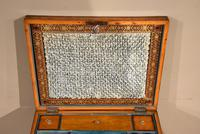 18th Century Satinwood Embroidery / Sewing Box (6 of 7)