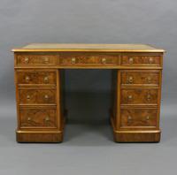 Quality 19th Century Walnut Pedestal Desk (2 of 6)