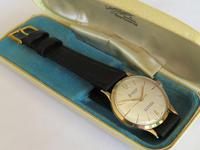 Gents 9ct gold Accurist wrist watch, 1960 (2 of 4)