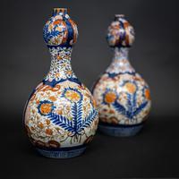 Pair of 19th Century Imari Vases (3 of 8)