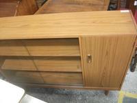 Schreiber Bookcase with Cupboard (2 of 2)