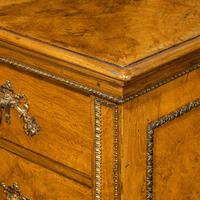 Fine George IV Burr Oak Chest of Drawers in the manner of Morel and Seddon (6 of 9)