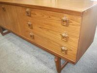 Retro Beautility 3  Drawer Long Sideboard (3 of 4)
