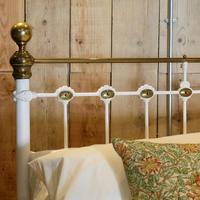 Late Victorian Brass & Cast Iron Antique Bed in Cream (5 of 5)